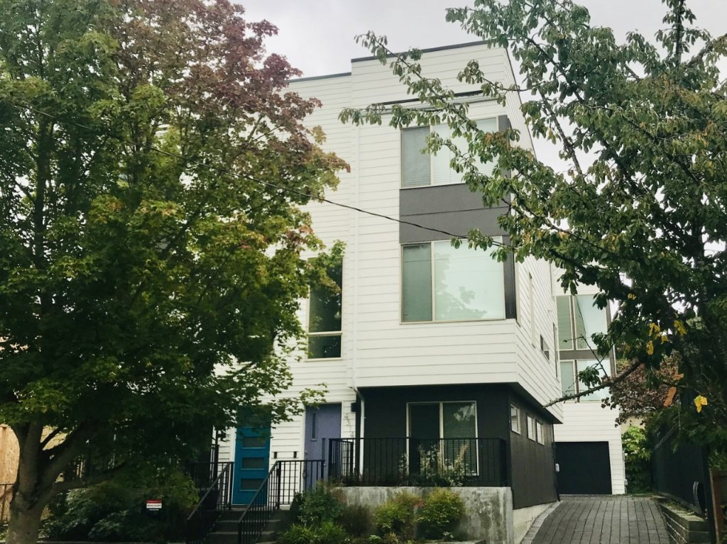 property_image - House for rent in Seattle, WA